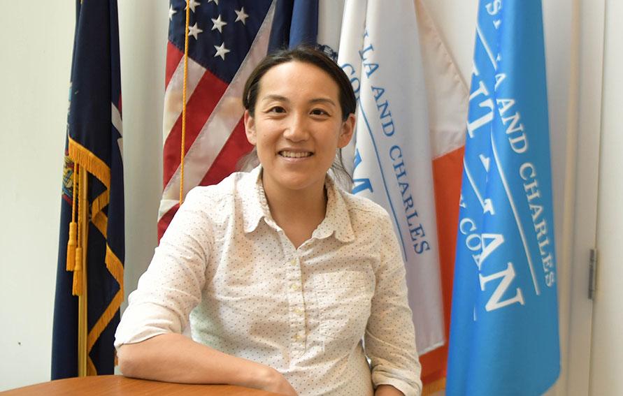 Dr. Viviam Lim